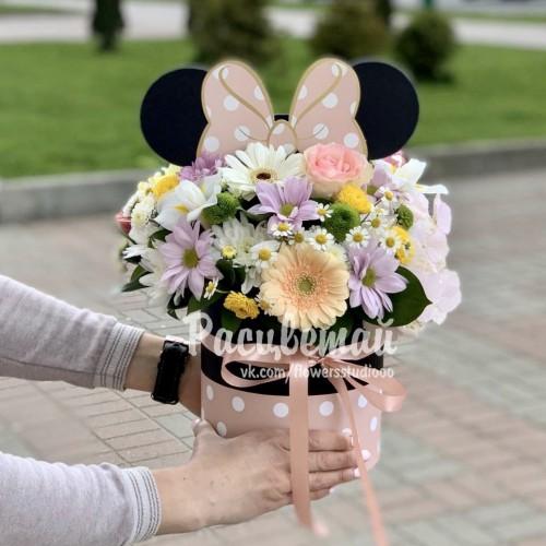 Цветы в круглой коробке №195 - фото