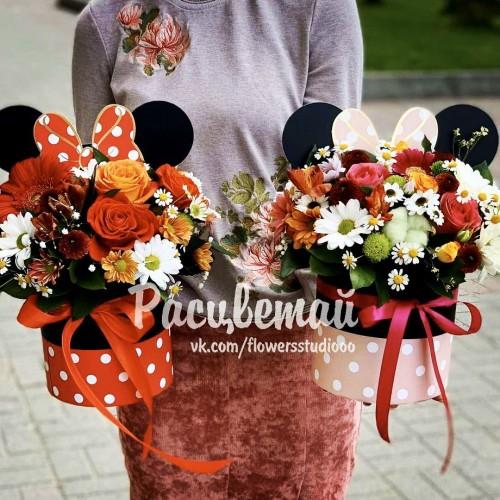 Цветы в круглой коробке №196 - фото